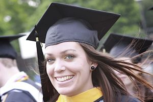College student benefiting from quick student loans
